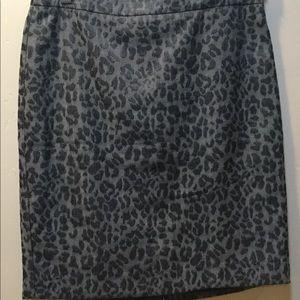 LOFT Pencil Skirt ⭐️ BUNDLE 3 FOR $18⭐️